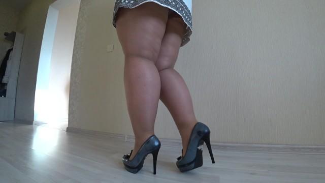 Bbw Natures Put On Stockings And Stilettos